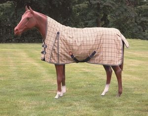 Curvon Hi-Neck Turnout Blanket