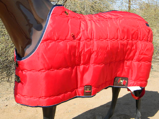 Big D Kodiak Blanket red w/navy trim & White piping open front